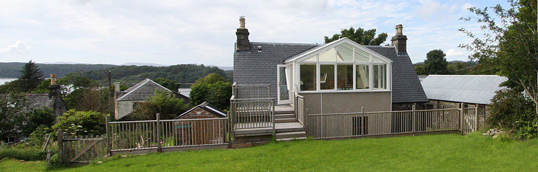 Inverlussa Cottage